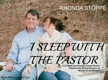 I Sleep With the Pastor - a 52 Week Devotional for Pastors' Wives